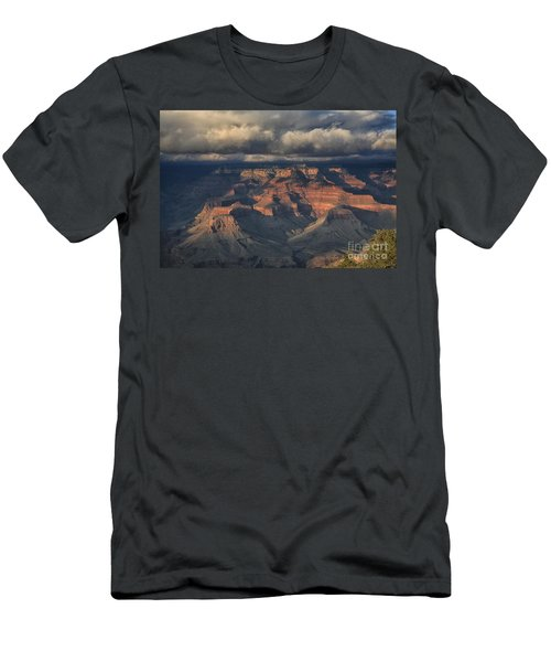 Grand Canyon View Men's T-Shirt (Athletic Fit)