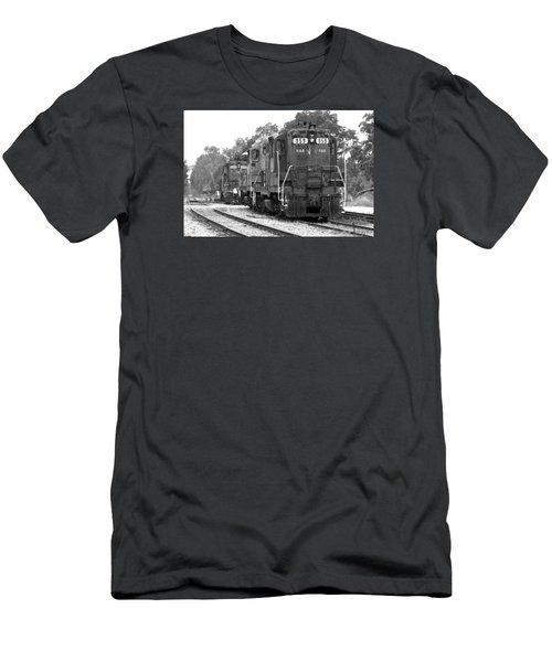 Hampton Branchville Gp9 859 Men's T-Shirt (Athletic Fit)