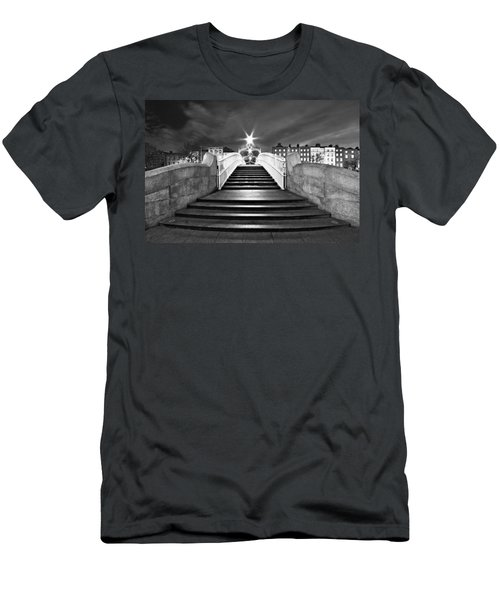 Ha'penny Bridge Steps At Night - Dublin - Black And White Men's T-Shirt (Athletic Fit)