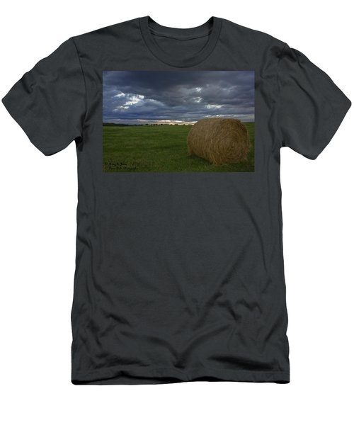 Hay Bail Men's T-Shirt (Athletic Fit)