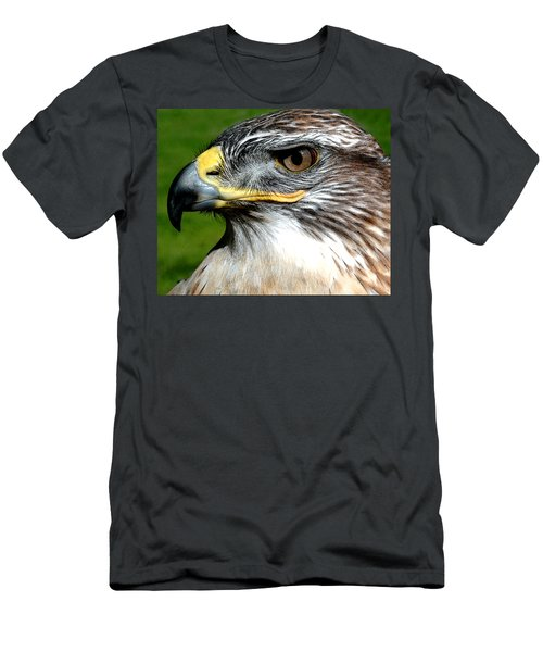 Head Portrait Of A Eagle Men's T-Shirt (Athletic Fit)