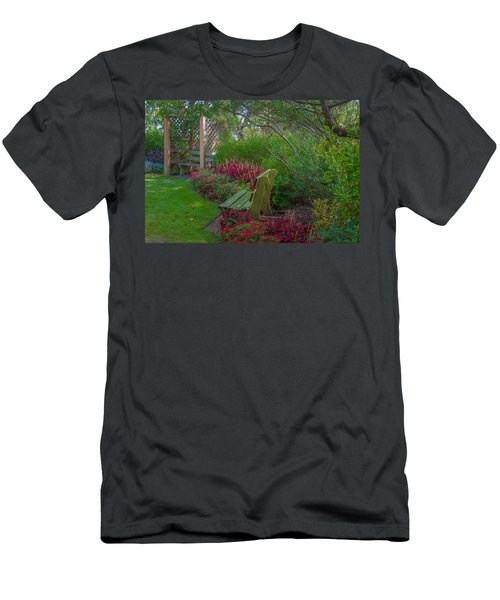 Hereford Inlet Lighthouse Garden Men's T-Shirt (Athletic Fit)