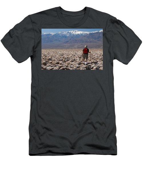Hiking Devils Golf Course Men's T-Shirt (Athletic Fit)