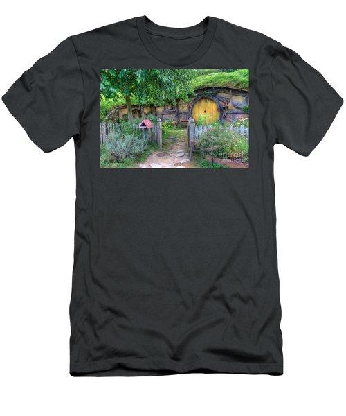 Hobbit Hole 2 Men's T-Shirt (Athletic Fit)