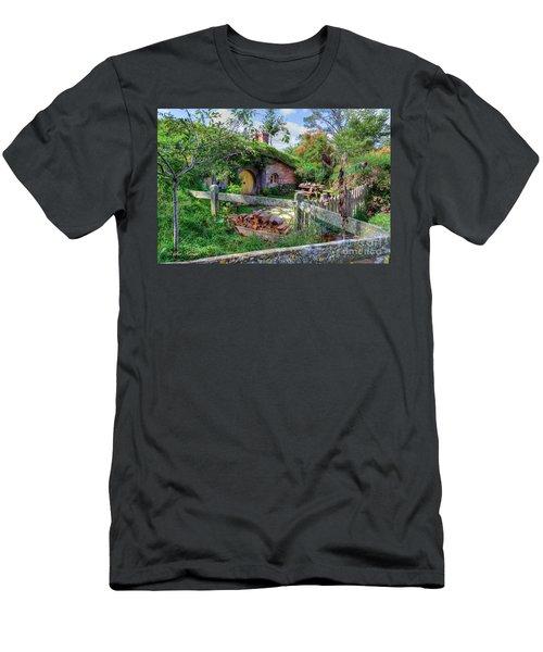 Hobbit Hole 7 Men's T-Shirt (Athletic Fit)