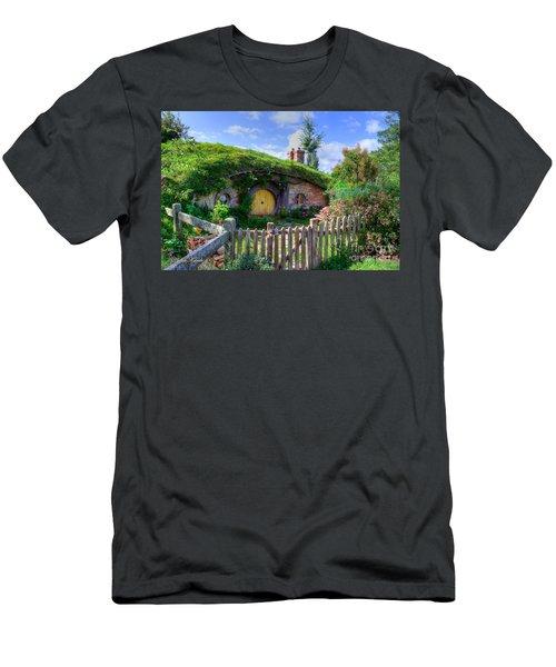 Hobbit Hole 7a Men's T-Shirt (Athletic Fit)
