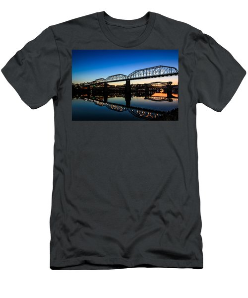 Holiday Lights Chattanooga Men's T-Shirt (Athletic Fit)
