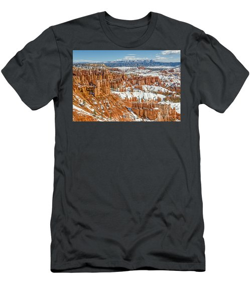 Hoodoos At Sunset Point Men's T-Shirt (Athletic Fit)