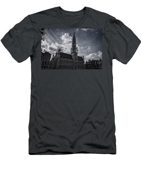 Hotel De Ville Brussels Men's T-Shirt (Athletic Fit)