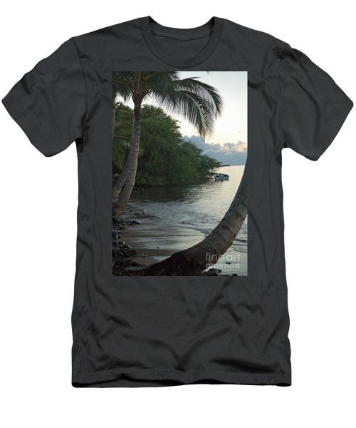 Hotel Molokai Beach Men's T-Shirt (Athletic Fit)