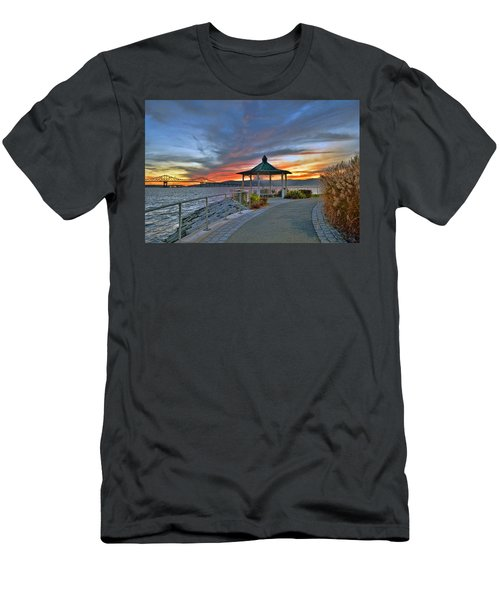 Hudson River Fiery Sky Men's T-Shirt (Athletic Fit)