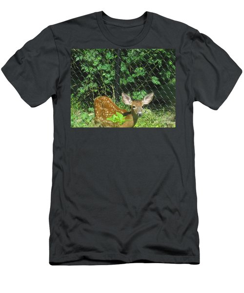 I Can Hear You Men's T-Shirt (Athletic Fit)