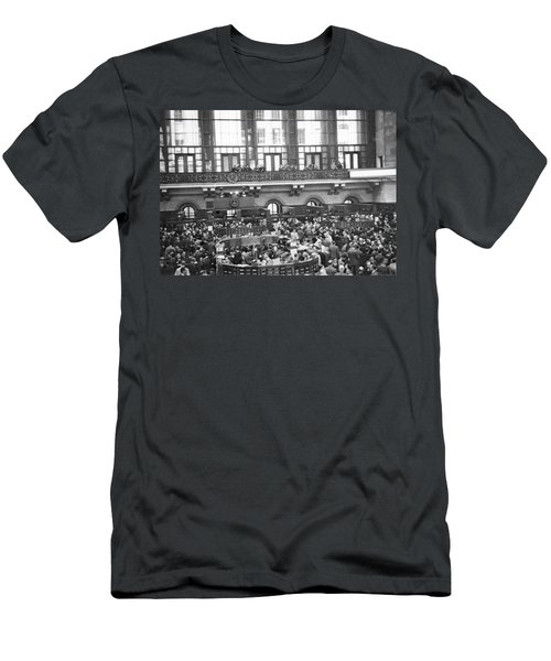 Interior Of Ny Stock Exchange Men's T-Shirt (Athletic Fit)