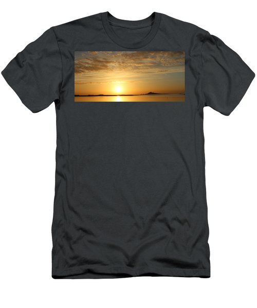 Irelands Eye At Dawn Men's T-Shirt (Athletic Fit)