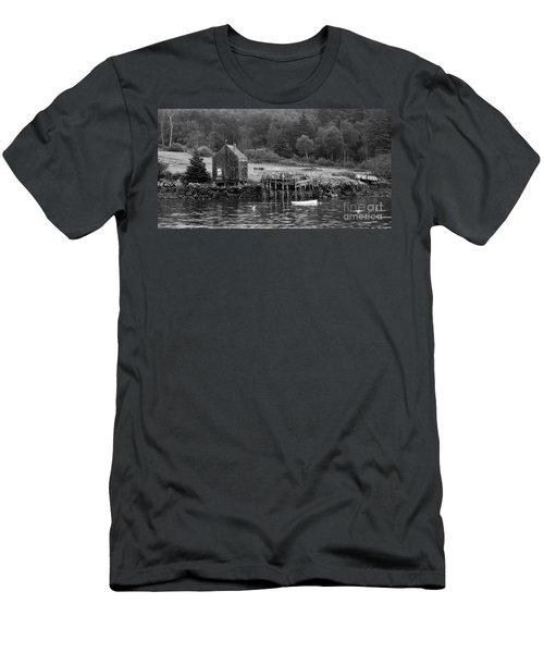 Island Shoreline In Black And White Men's T-Shirt (Athletic Fit)