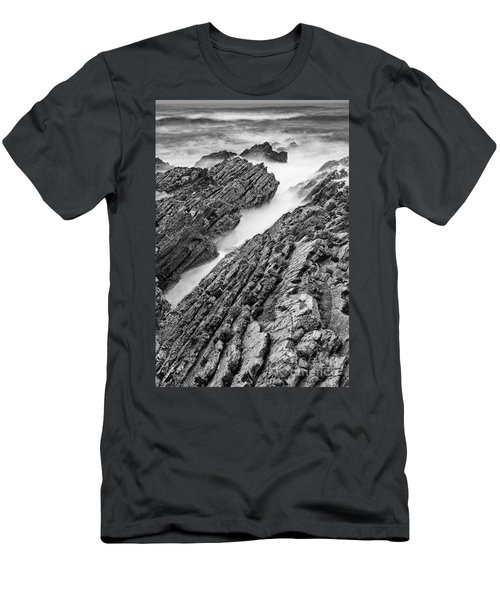 Jagged - Montana De Oro State Park In California In Black And White Men's T-Shirt (Athletic Fit)