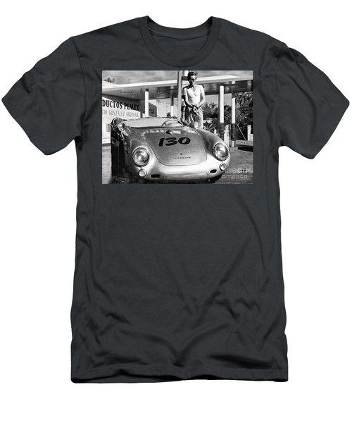 James Dean Filling His Spyder With Gas Black And White Men's T-Shirt (Slim Fit)
