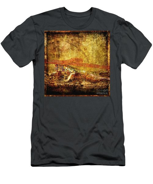 Jesus Falls Third Time Via Dolorosa 9 Men's T-Shirt (Athletic Fit)