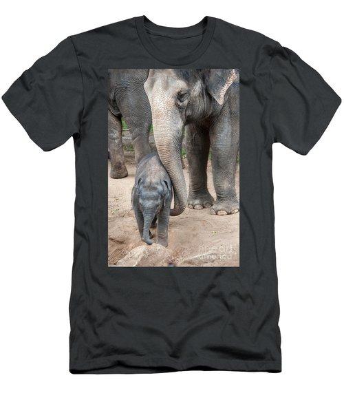 Jumbo Love Men's T-Shirt (Athletic Fit)