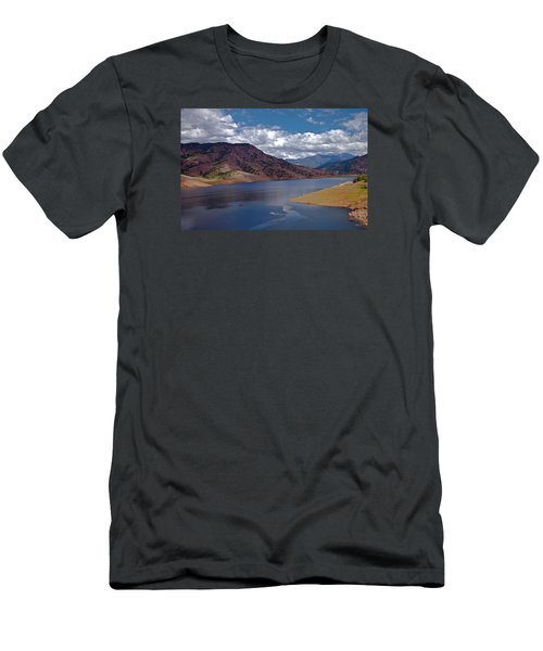 Kaweah Lake Men's T-Shirt (Athletic Fit)