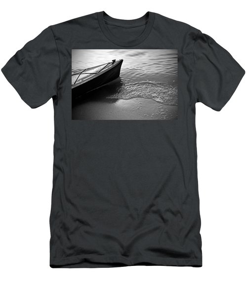 Kayak Men's T-Shirt (Athletic Fit)