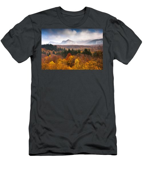 Land Of Illusion Men's T-Shirt (Athletic Fit)