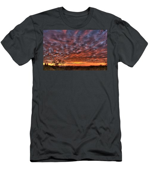 Last Light In Oracle Men's T-Shirt (Athletic Fit)