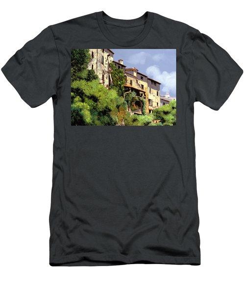 Le Case Sulla Rupe Men's T-Shirt (Athletic Fit)