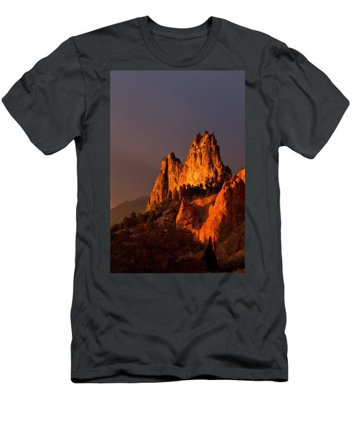 Light On The Rocks Men's T-Shirt (Athletic Fit)