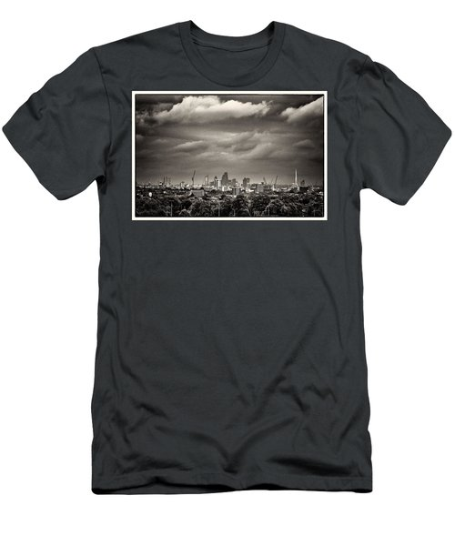 London Skyline From Hampstead Heath Men's T-Shirt (Athletic Fit)