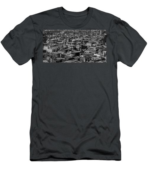 London Skyline Men's T-Shirt (Slim Fit) by Martin Newman