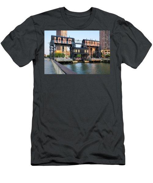 Long Island City  Men's T-Shirt (Athletic Fit)