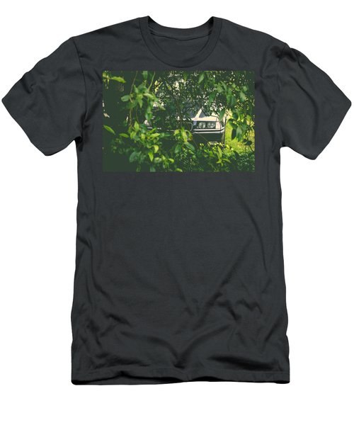 Lurking I Men's T-Shirt (Athletic Fit)