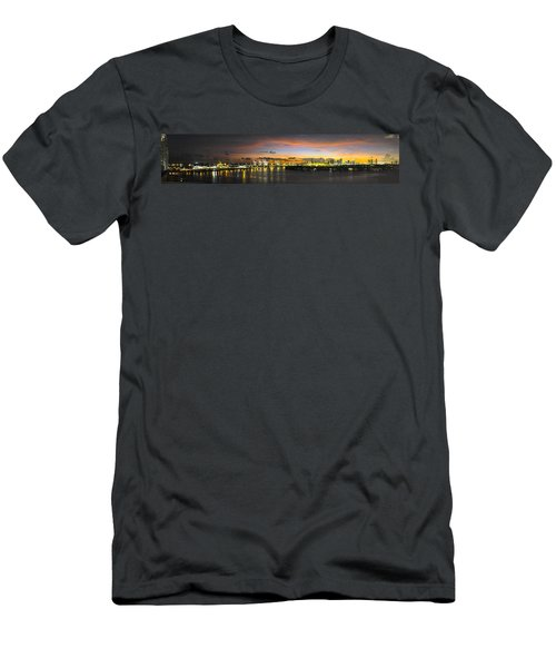 Macarthur Causeway Bridge Men's T-Shirt (Athletic Fit)