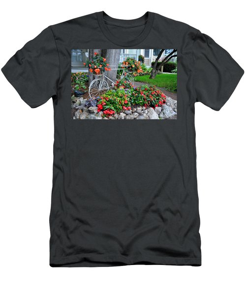 Mackinac Island Garden Men's T-Shirt (Athletic Fit)