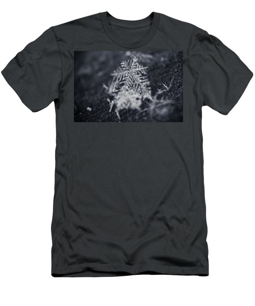 Macro Snowflake Men's T-Shirt (Athletic Fit)