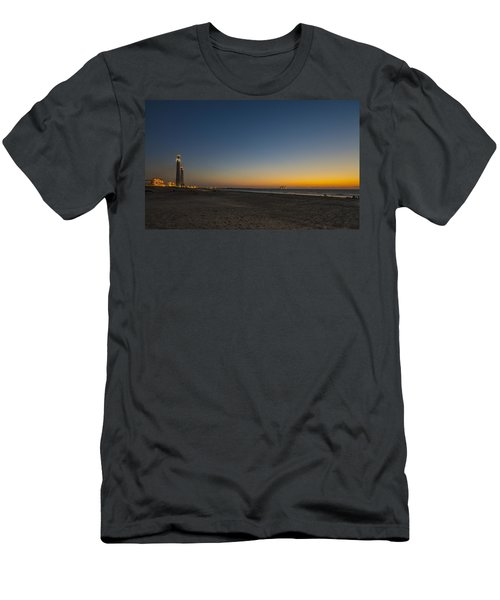 magical sunset moments at Caesarea  Men's T-Shirt (Athletic Fit)
