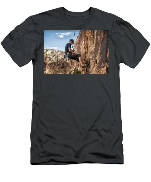 Man Climbing Route In Sandstone Men's T-Shirt (Athletic Fit)
