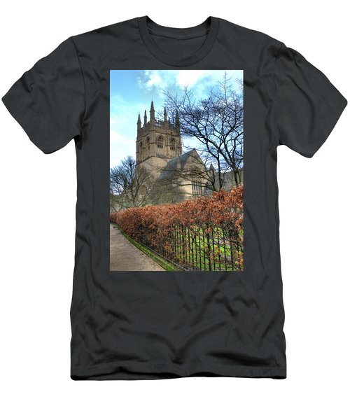 Merton College Chapel Men's T-Shirt (Athletic Fit)