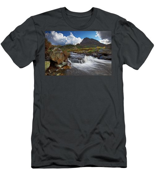Mighty Tryfan  Men's T-Shirt (Athletic Fit)