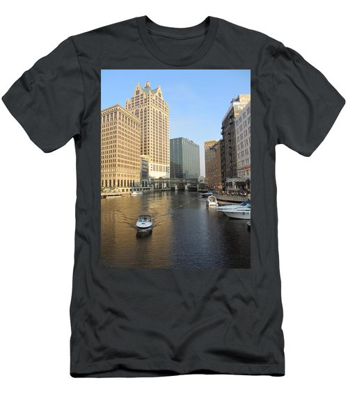 Milwaukee River Theater District 3 Men's T-Shirt (Athletic Fit)