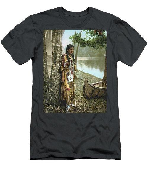 Minnehaha Men's T-Shirt (Athletic Fit)