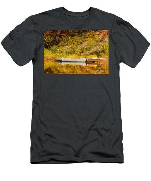 Montpelier Canoe Men's T-Shirt (Athletic Fit)