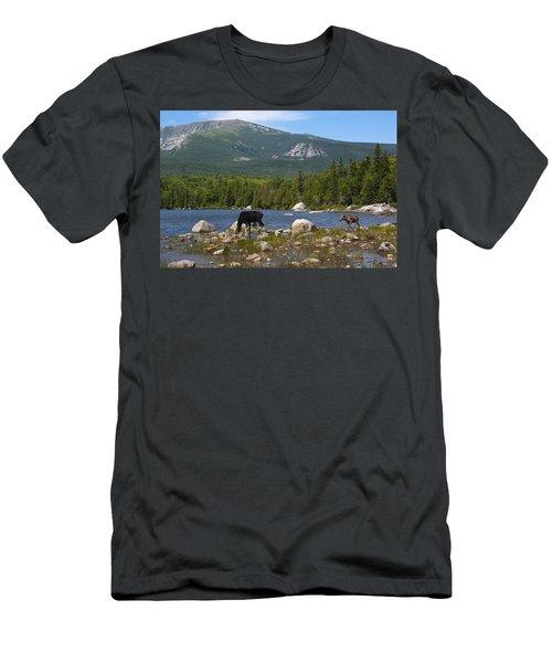Moose Baxter State Park Maine Men's T-Shirt (Athletic Fit)