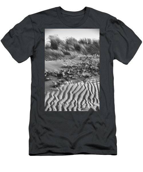 Morro Beach Textures Bw Men's T-Shirt (Athletic Fit)
