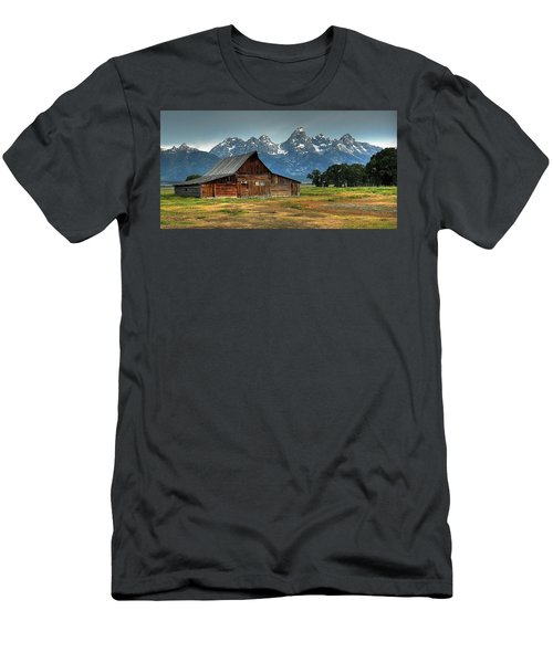 Moulton Barn Morning Men's T-Shirt (Athletic Fit)