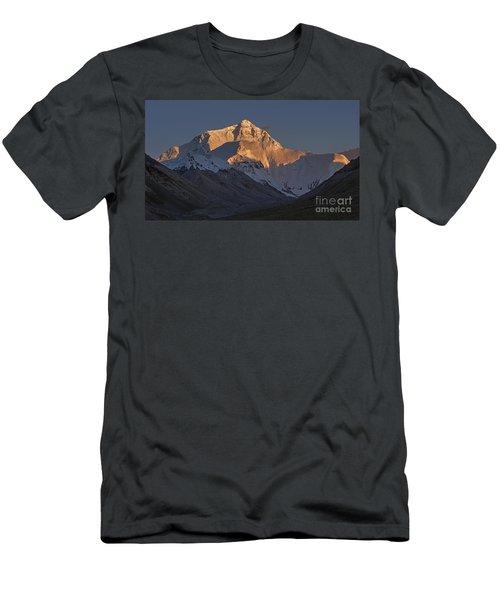 Mount Everest At Dusk Men's T-Shirt (Slim Fit) by Hitendra SINKAR