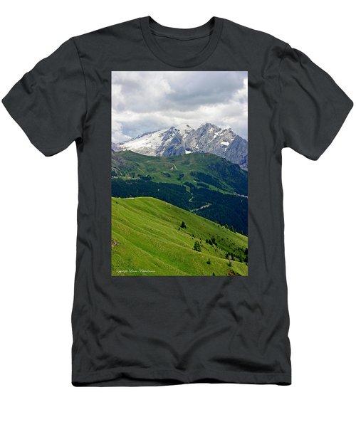 Mountains Men's T-Shirt (Athletic Fit)