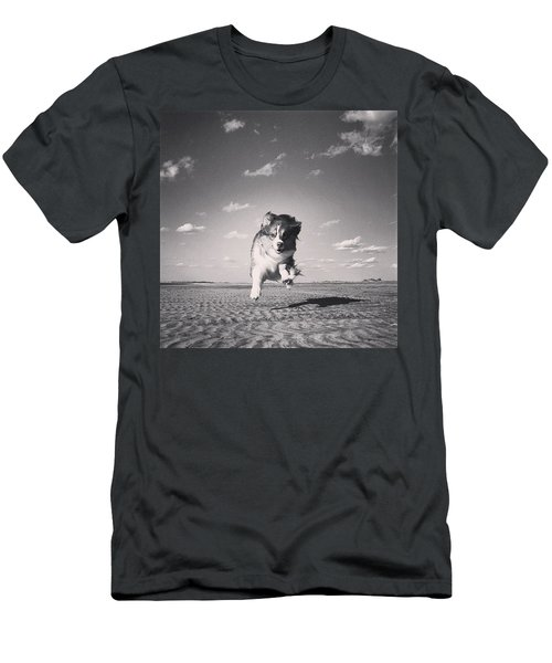 My Muse. #alwaysbouncing #puppylove Men's T-Shirt (Athletic Fit)