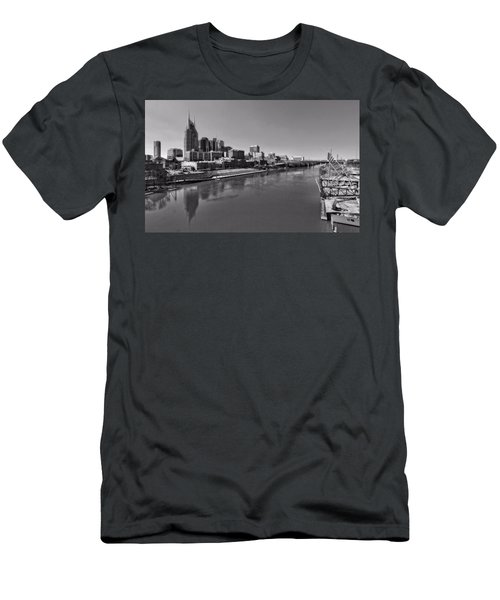 Nashville Skyline In Black And White At Day Men's T-Shirt (Slim Fit) by Dan Sproul
